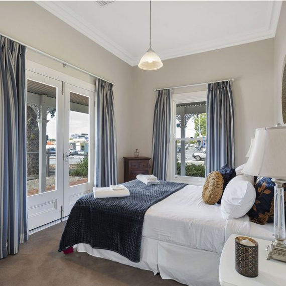 Grandview-Accommodations-Adelaide-Hills-The-Adelaide_0011_1