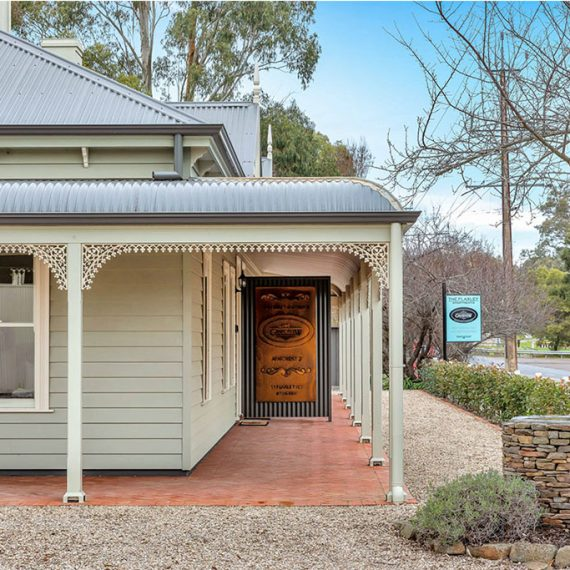Grandview-Accommodation-Adelaide-Hills-Home-Flaxley-Home_0000_1