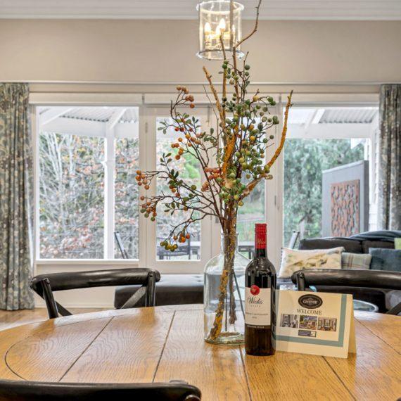 Grandview-Apartments-Accommodation-Elm-Tree-Apartment-2-004